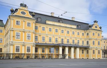 Дворец первого губернатора Петербурга А. Д. Меншикова
