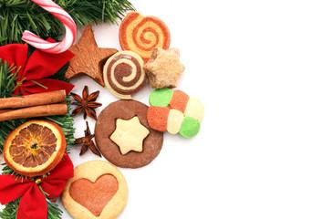 Bunte Plätzchen zur Adventszeit