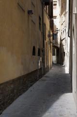 Ruelle étroite à Florence en Italie