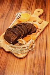 rye bread with honey