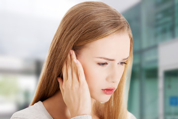 Woman with huge head ache