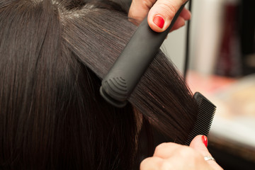 Hairstyling, Straightening