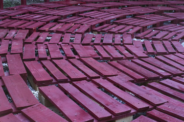 Painted pallets well arranged as seats