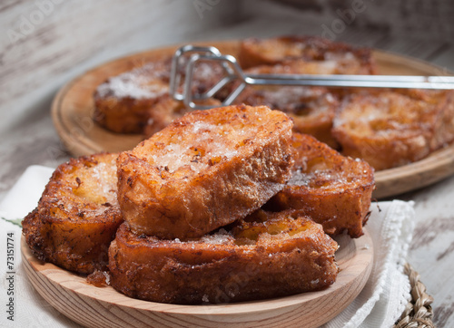 Aluminium Brood French toasts
