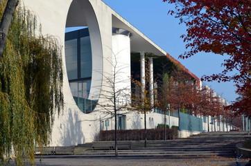 Bundeskanzleramt im Herbst