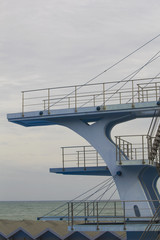 Diving tower