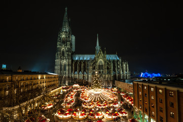 Kölner Weihnachtsmarkt am Dom