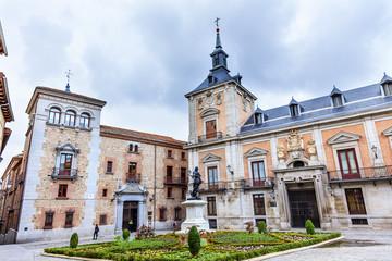 Plaza de la Villa Casa de Cisneros Admiral Bazan Statue Madrid