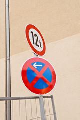 Halteverbot und Verbot für Fahrzeuge über 12 Tonnen