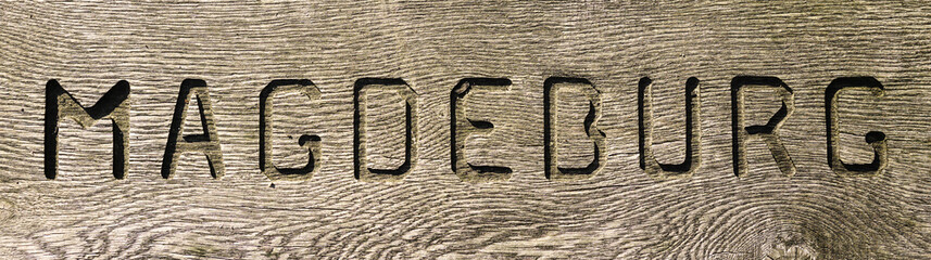 Schriftzug auf Holz 02936