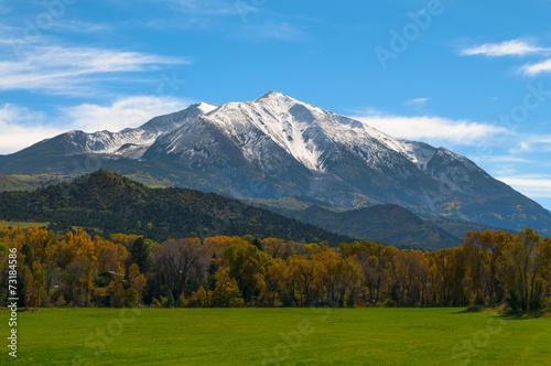 Fotobehang Bergen Mount Sopris Elk Mountains Colorado - Fall colors