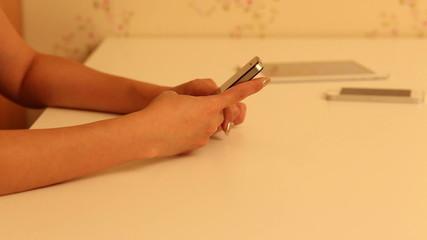 Women hands with smart phone