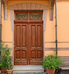 old door in Bosa