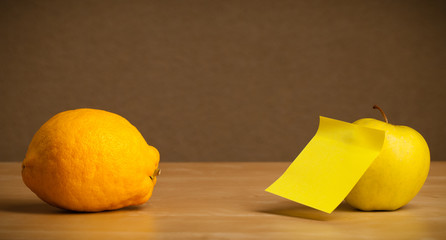 Empty post-it note sticked on fruit