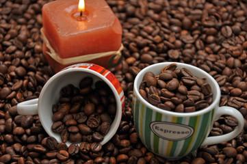 Espresso mit Tassen,,