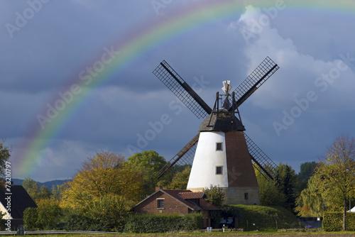 canvas print picture Windmühle mit Regenbogen