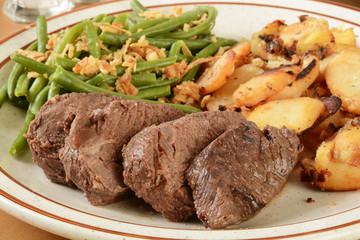 Roast beef and garlic potatoes