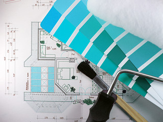 Bauplan, Farbauswahl, Malerrolle und Pinsel