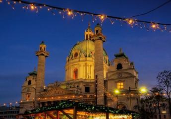 Wien Weihnachtsmarkt Karlsplatz 02