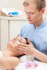 Head massage in spa