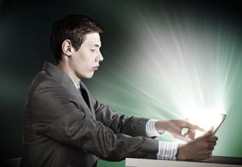 Man using tablet pc