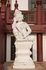 Giant at Royal Pavilion