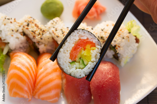 Spoed canvasdoek 2cm dik Vis lunch with sushi dish