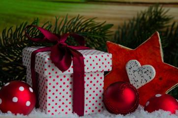 Weihnachtsgeschenk , dekoriert