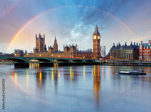 Foto op Aluminium Oude gebouw London with rainbow - Houses of parliament - Big ben.