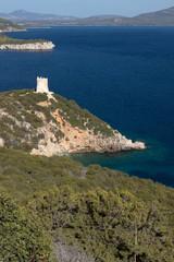 Sardische Küste mit Sarazenenturm