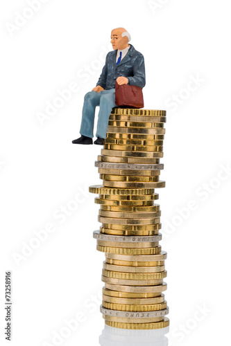 canvas print picture Rentner sitzt auf Geldstapel