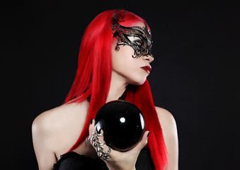 red mask 1