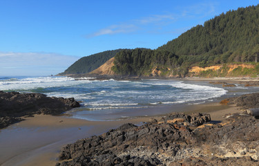 Looking north near Devil's Churn, Oregon Coast Trail