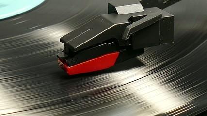 Schallplattenspieler im Betrieb, 4K