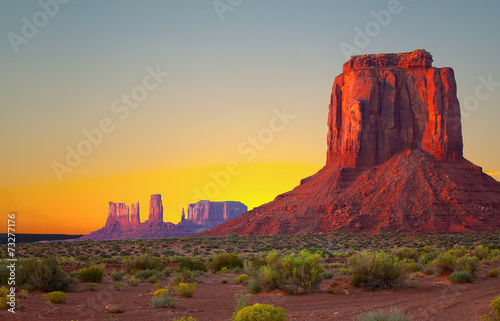 Monument Valley, USA colorful desert sunrise - 73277176
