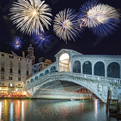 Fotobehang Venetie Venice Italy, fireworks over the Rialto bridge by night