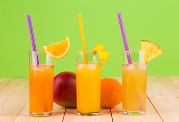 Sweet juices and fruit slices