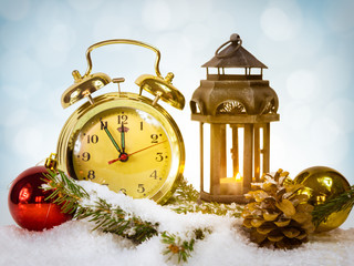 Happy New Year message with gold retro clock showing five to mid