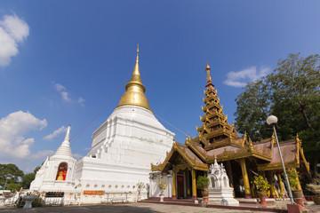 Wat Phra Kaow Don Tao