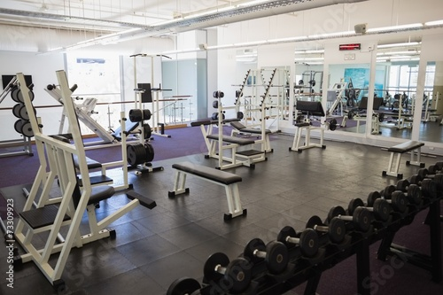 Equipments in the gym - 73309923