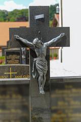 Friedhof- Jesus am Kreuz
