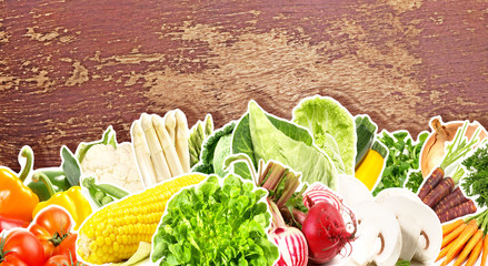 Gemüse - Holzhintergrund