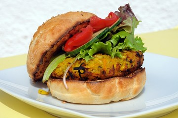 Vegetarian burger with salad on a bun © Arena Photo UK