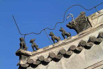 Fabelwesen auf Chinesischen Dächern