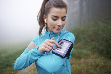 Contemporary application for runner on mobile phone