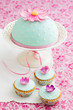 canvas print picture - Cupcakes und Kuchen mit Fondant und Zuckerblüten