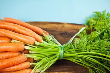Frische Bio-Karotten