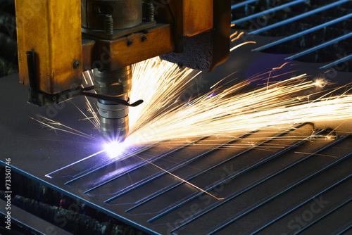 automatisierte Laserschneidanlage im Stahlbau - 73350746