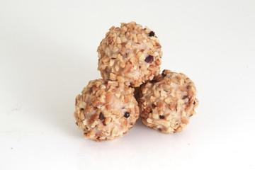 schockobällchen mit nüsse