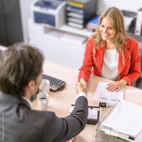 Business deal - 73362193